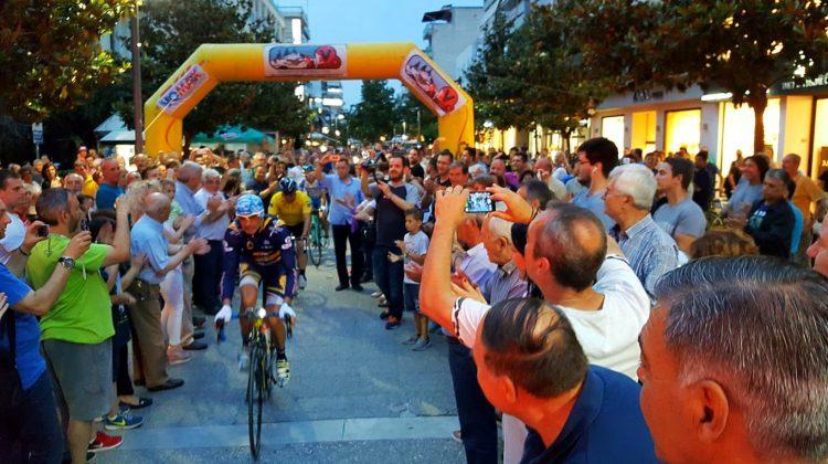 Ξεκίνησε ο Στέλιος Βάσκος το ταξίδι 8.000 χλμ με ποδήλατο από τα Τρίκαλα