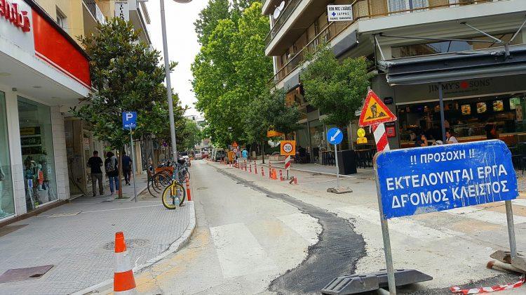 Κυκλοφοριακό «έμφραγμα» σε κεντρικούς δρόμους των Τρικάλων λόγω έργων
