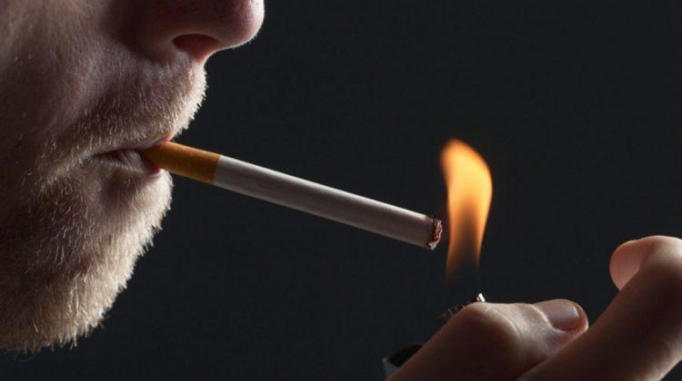 Θα βρέξει πρόστιμα από σήμερα σε ταβέρνες και καφέ στα Τρίκαλα για το τσιγάρο