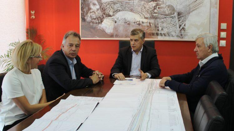 Έπεσαν οι υπογραφές για την έναρξη των έργων στην Ε.Ο. Τρικάλων-Πύλης - Θα είναι έτοιμη το 2019