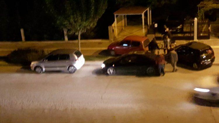 """Τροχαίο ατύχημα με """"μίνι καραμπόλα"""" χθες βράδυ στα Τρίκαλα"""