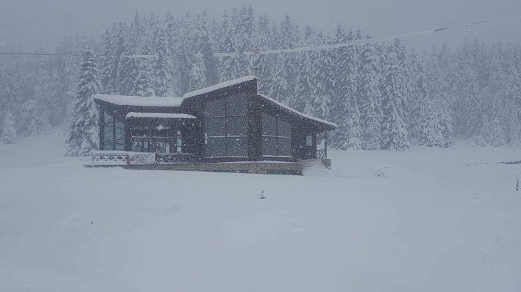 Στους 60 πόντους έφτασε το χιόνι στο Περτούλι - Ανοιχτοί οι δρόμοι